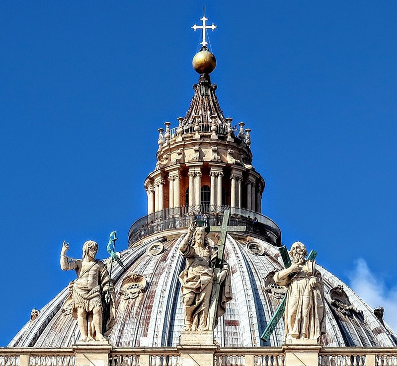Christ the Redeemer flanked by St John the Baptist & St Andrew, facade of St Peter's Basilica, Rome