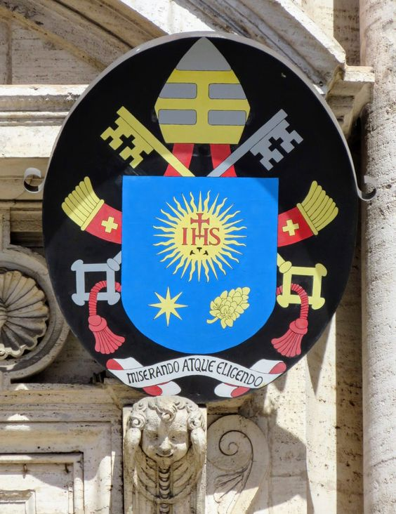 Coat of arms of Pope Francis (r. 2013-), Chiesa del Gesu, Rome