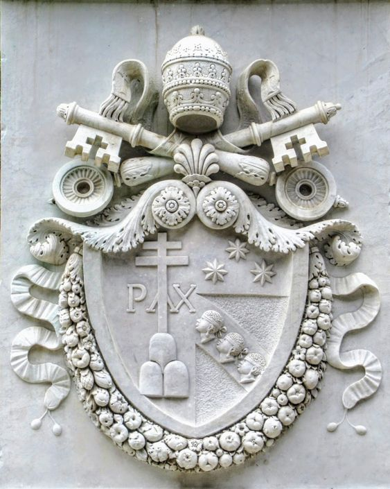 Coat of arms of Pope Pius VII (r. 1800-23), pedestal of the Obelisk of Antinous, Rome