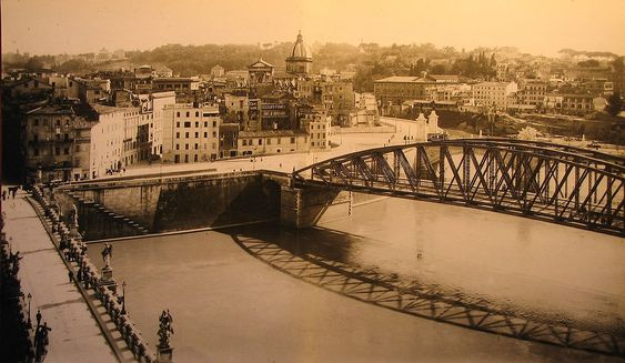 Old photograph of the Ponte degli Alari, Rome